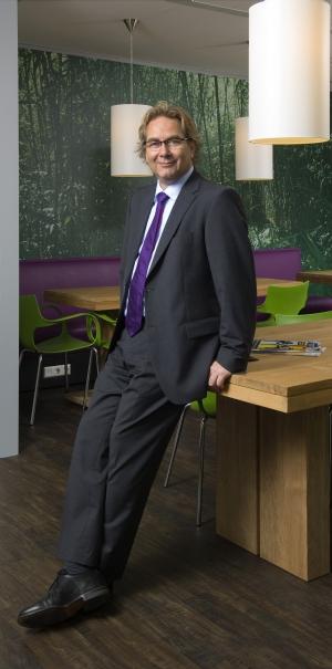 Marco Bastian, Directeur NBBU
