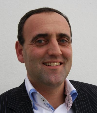 Simon Kornblum, IntraData