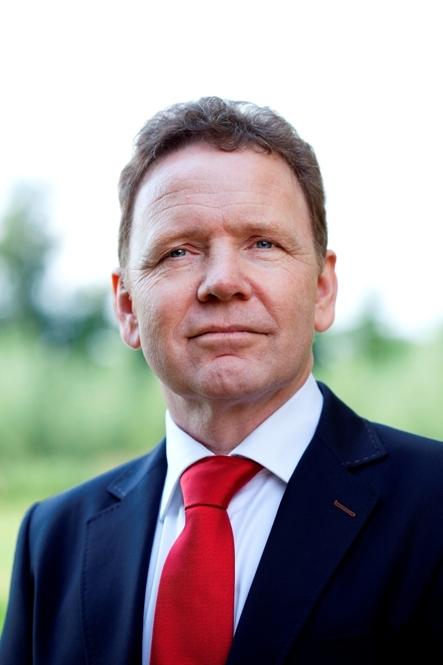 Please-directeur, Hans van de Ven