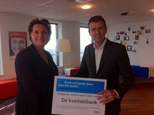 Luba: overhandiging eindejaarsgift aan Voedselbank Nederland