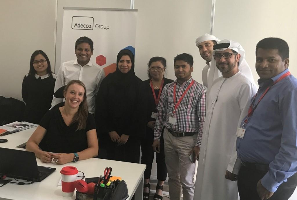 Joyce Bijl met enkele team members Adecco Group UAE, Dubai