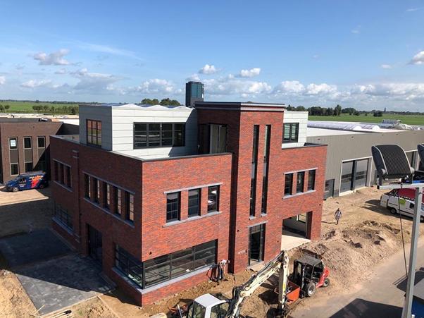 DUS bv, nieuw pand in Schoonhoven